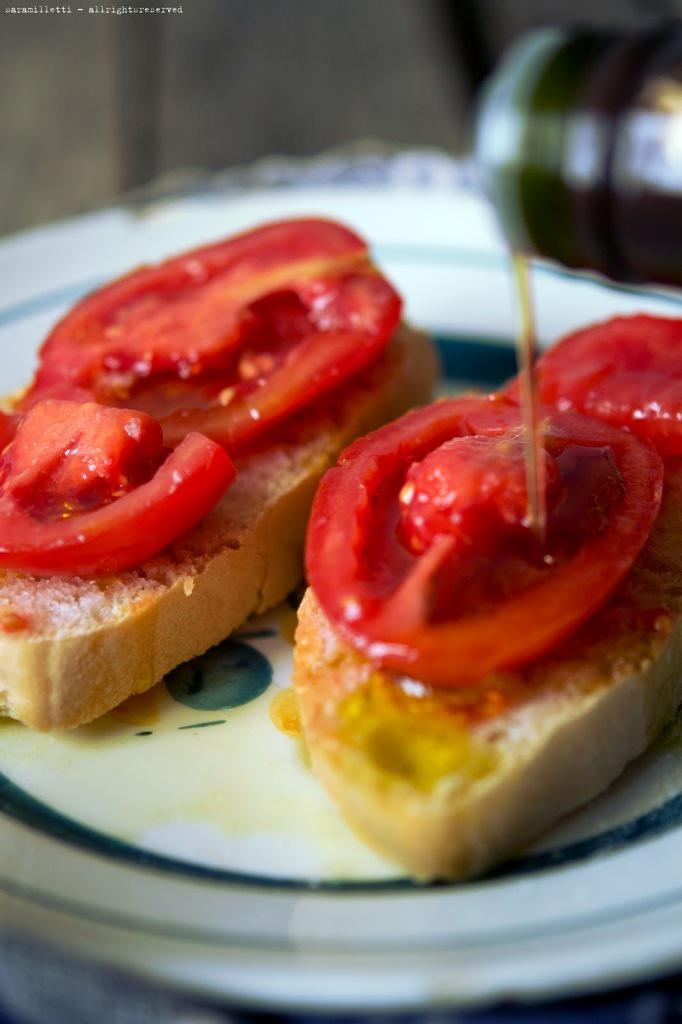 Pane pomodorio e olio La Maliosa