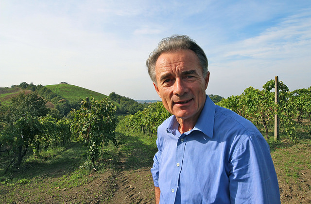 Lorenzo Corino in the old vineyard at Fattoria La Maliosa. In the Background the Monte Cavallo